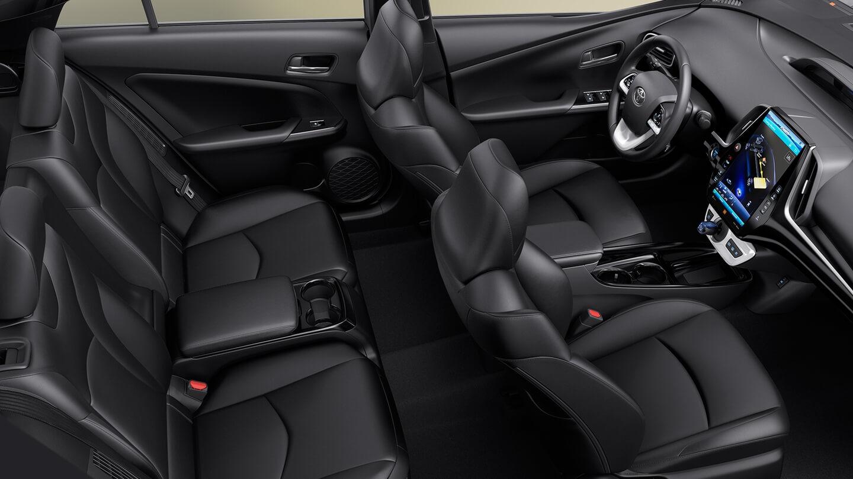 Салон Toyota Prius Prime 2017
