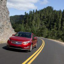 Фотография экоавто Chevrolet Volt 2011 - фото 14
