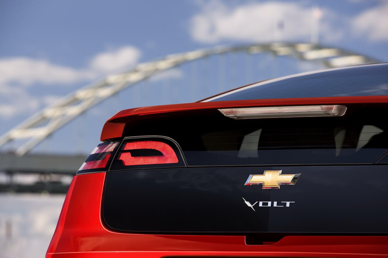 Фотография экоавто Chevrolet Volt 2011 - фото 18