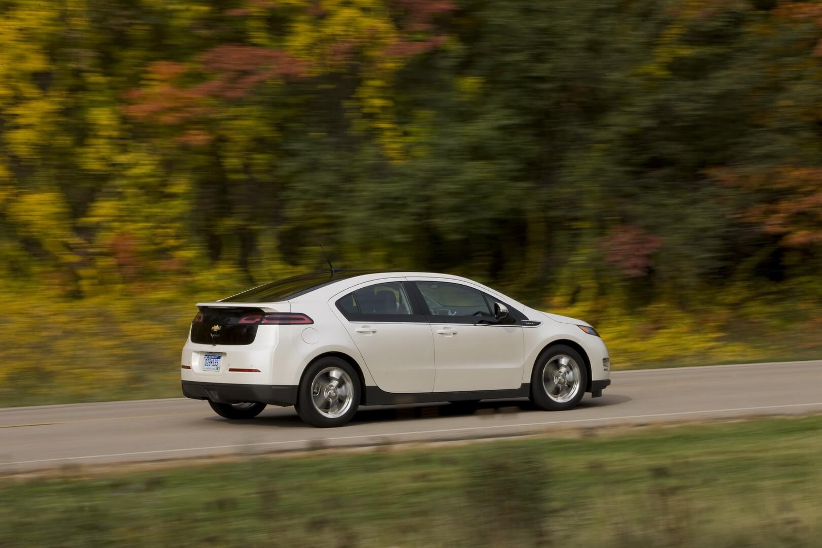 Фотография экоавто Chevrolet Volt 2011 - фото 36