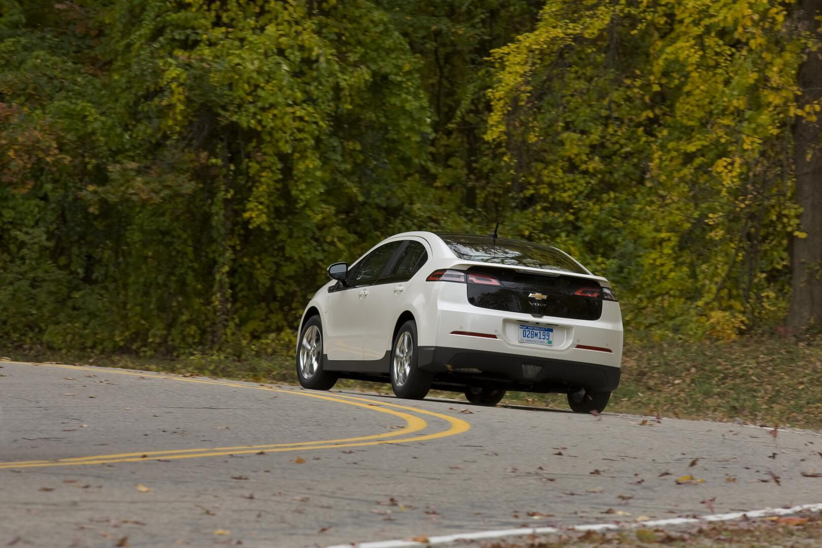 Фотография экоавто Chevrolet Volt 2011 - фото 45