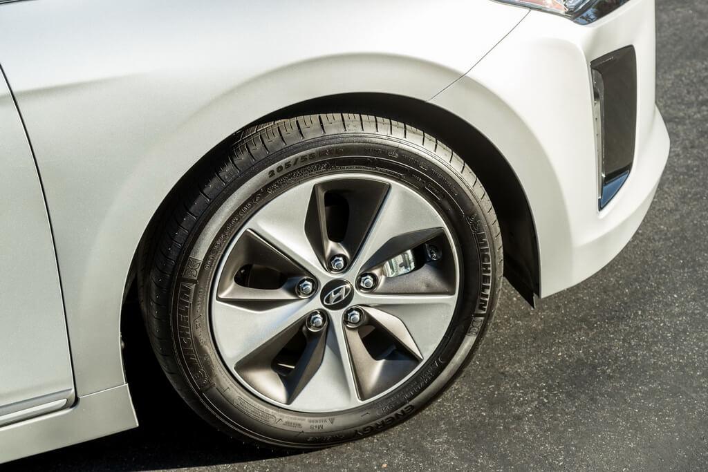 Фотография экоавто Hyundai Ioniq Electric - фото 15