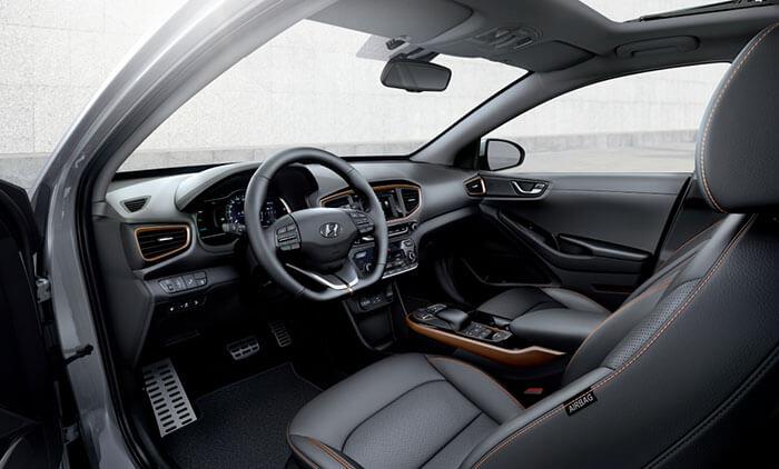 Интерьер Hyundai IONIQ Electric