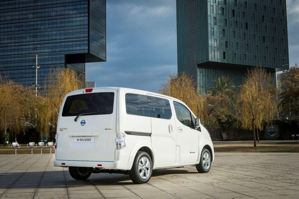 Электрический фургон e-NV200