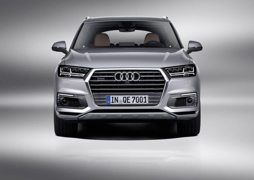 Фотография экоавто Audi Q7 e-tron Quattro