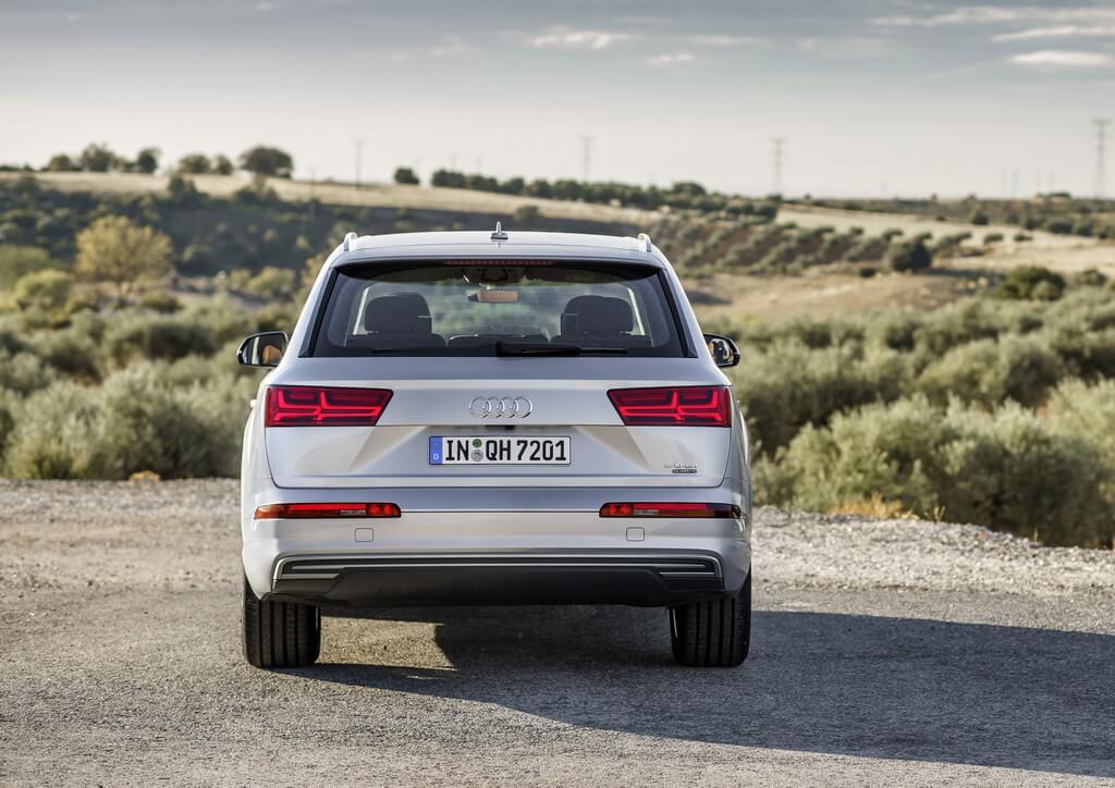Фотография экоавто Audi Q7 e-tron Quattro - фото 9