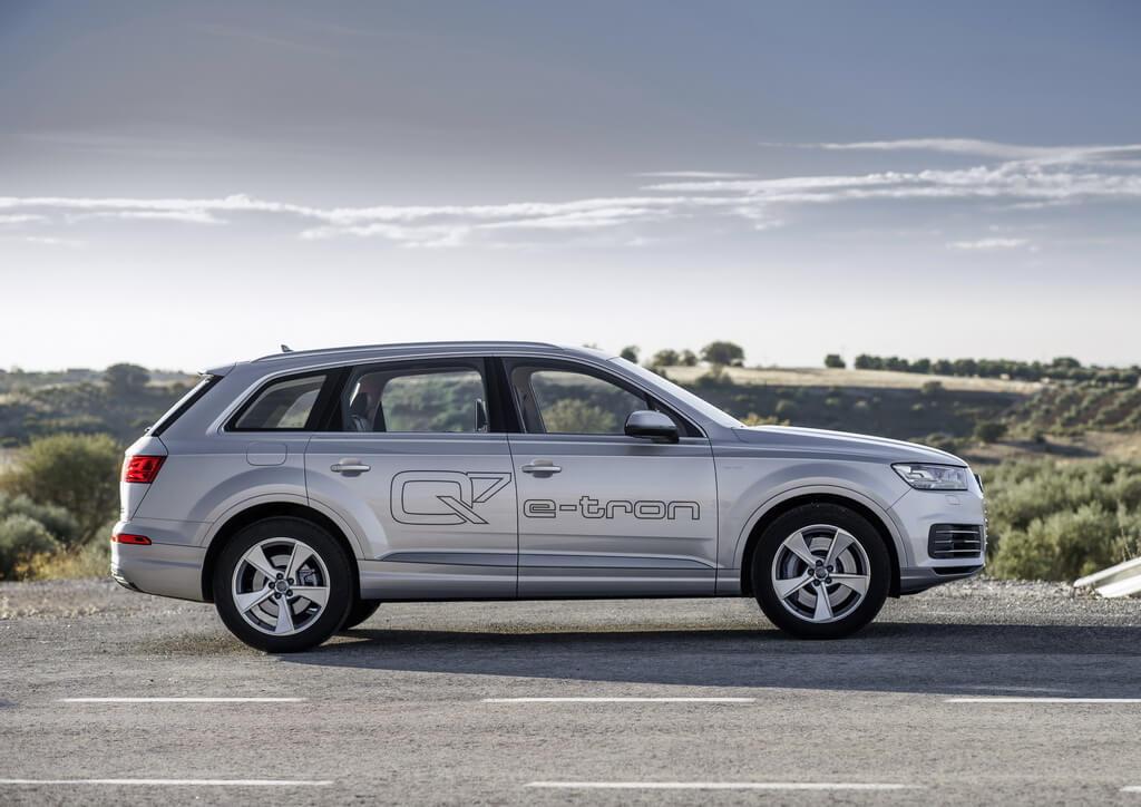 Фотография экоавто Audi Q7 e-tron Quattro - фото 10
