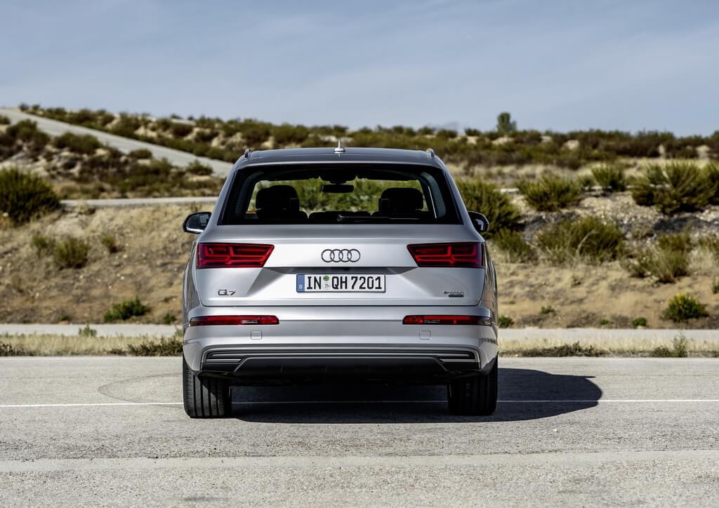 Фотография экоавто Audi Q7 e-tron Quattro - фото 14
