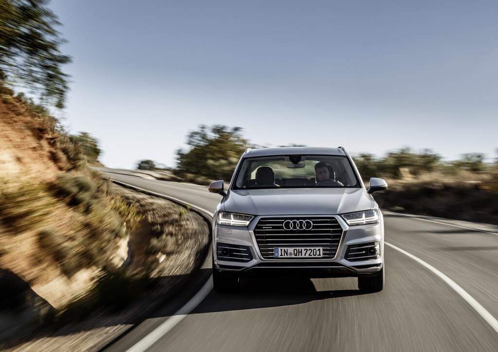 Фотография экоавто Audi Q7 e-tron Quattro - фото 16
