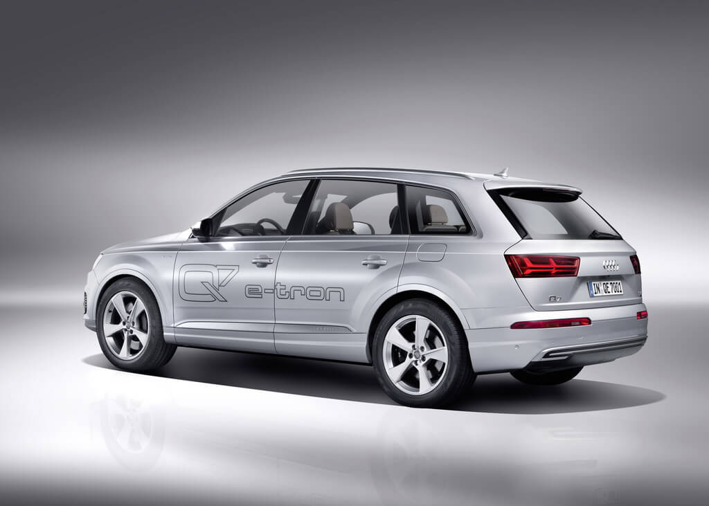 Фотография экоавто Audi Q7 e-tron Quattro - фото 29