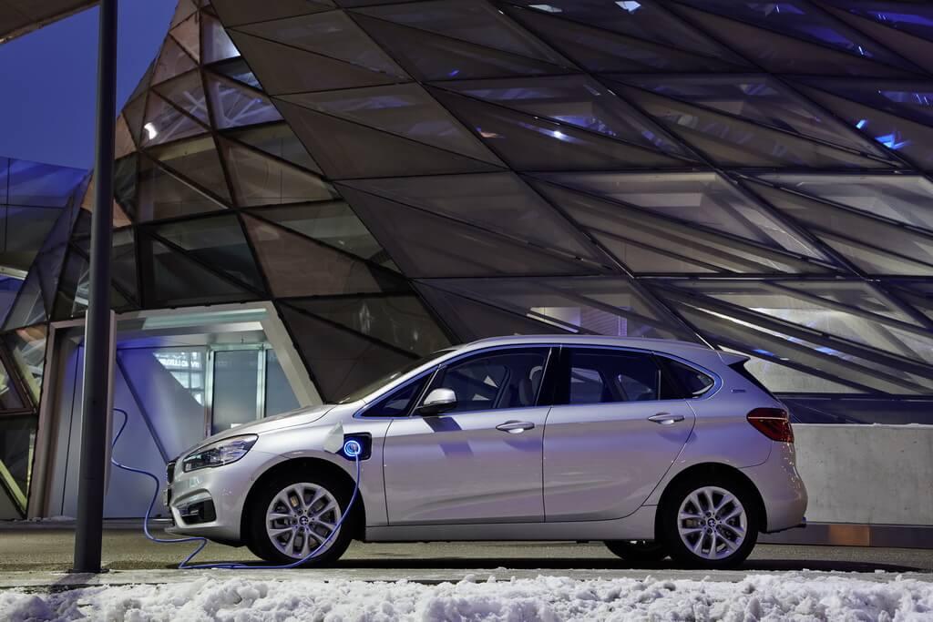 Фотография экоавто BMW  225xe Active Tourer - фото 12