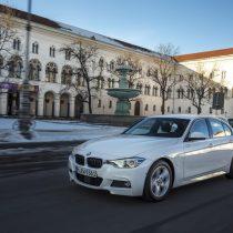 Фотография экоавто BMW 330e iPerformance - фото 14