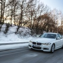 Фотография экоавто BMW 330e iPerformance - фото 21