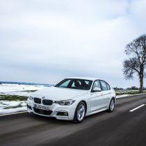 Фотография экоавто BMW 330e iPerformance - фото 27