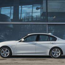 Фотография экоавто BMW 330e iPerformance - фото 40