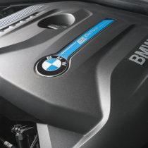 Фотография экоавто BMW 330e iPerformance - фото 44