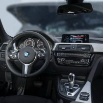 Фотография экоавто BMW 330e iPerformance - фото 53