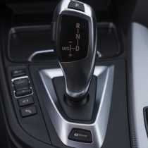Фотография экоавто BMW 330e iPerformance - фото 64