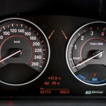 Фотография экоавто BMW 330e iPerformance - фото 70