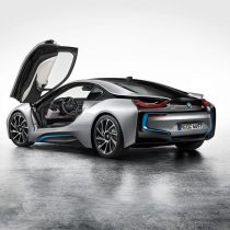 Фотография экоавто BMW i8 - фото 3