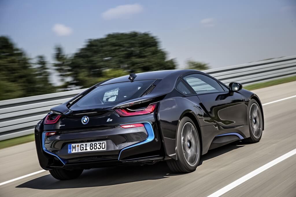 Фотография экоавто BMW i8 - фото 19