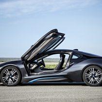 Фотография экоавто BMW i8 - фото 24