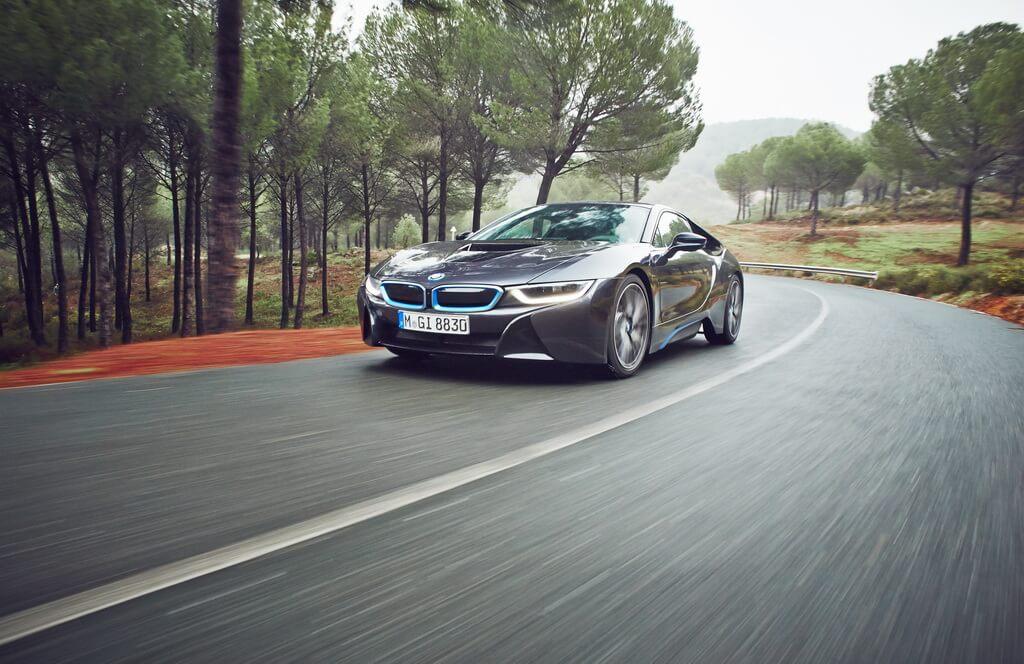 Фотография экоавто BMW i8 - фото 33