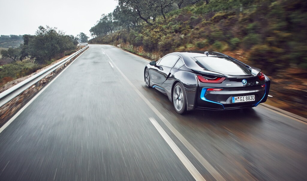 Фотография экоавто BMW i8 - фото 35