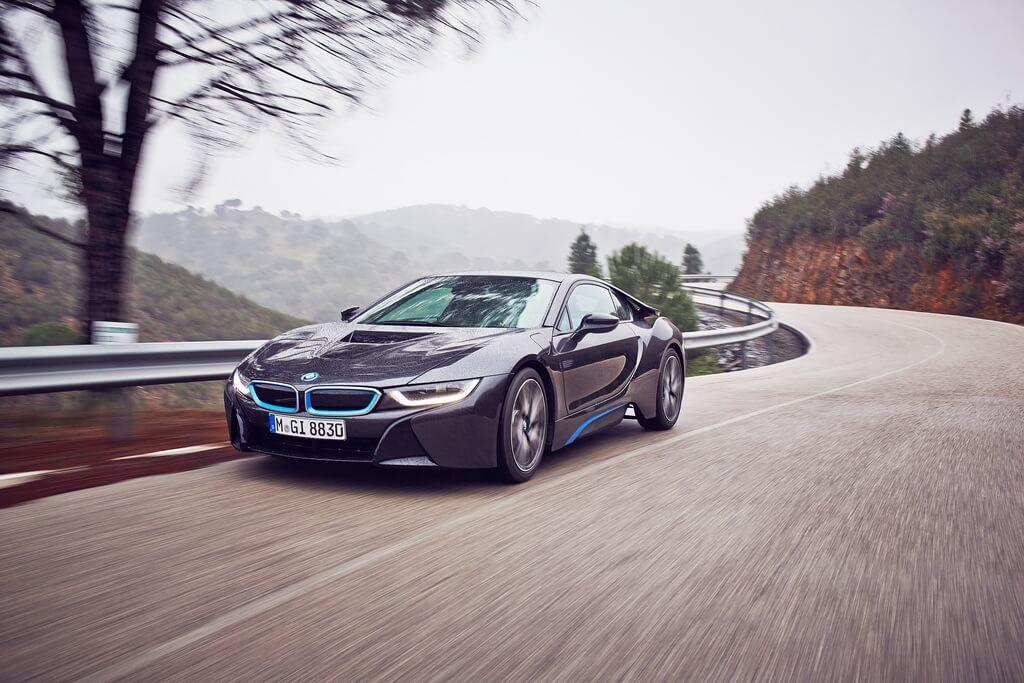 Фотография экоавто BMW i8 - фото 39