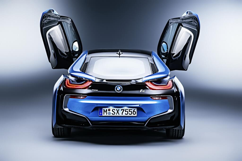 Фотография экоавто BMW i8 - фото 57