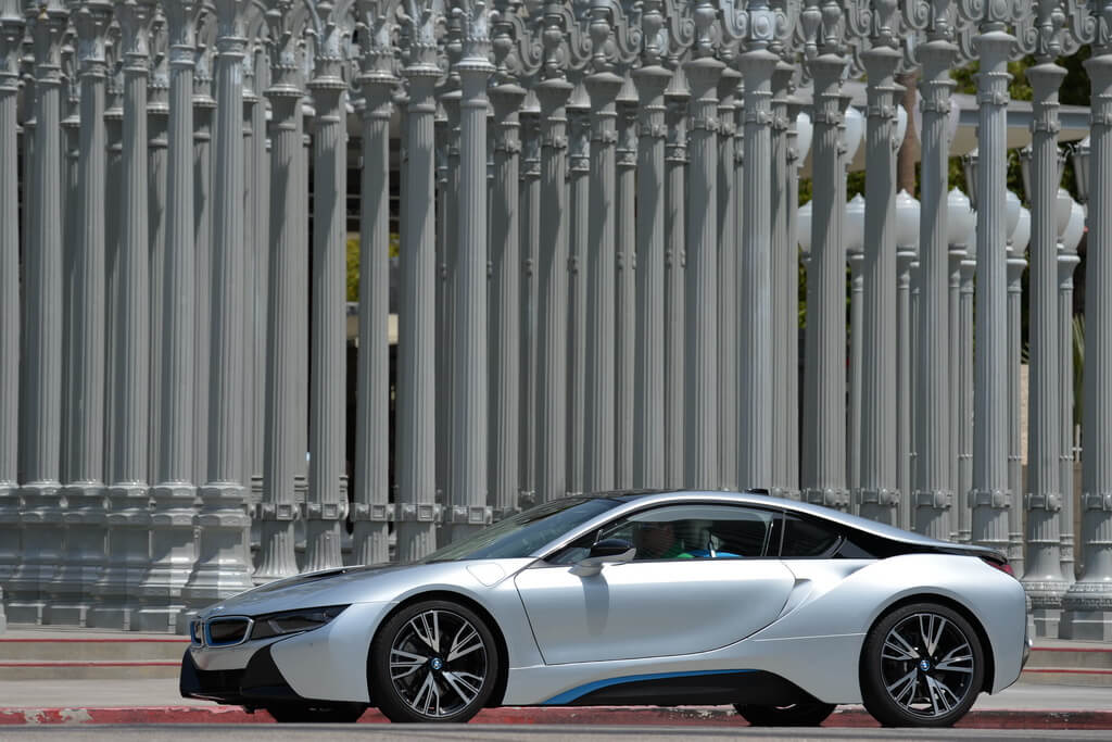 Фотография экоавто BMW i8 - фото 80