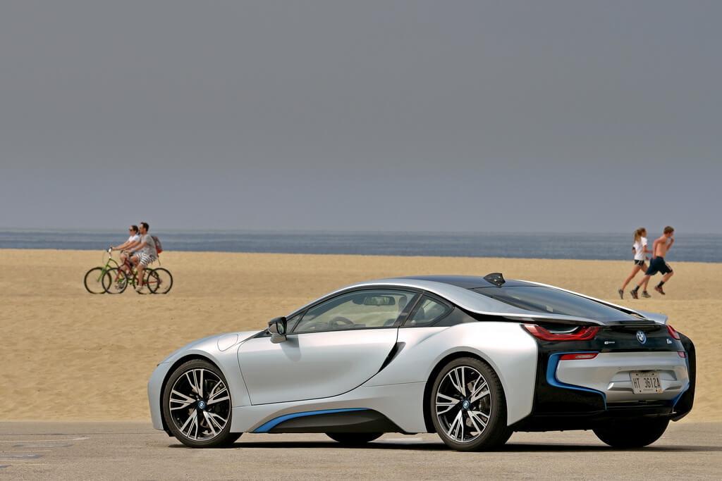 Фотография экоавто BMW i8 - фото 83