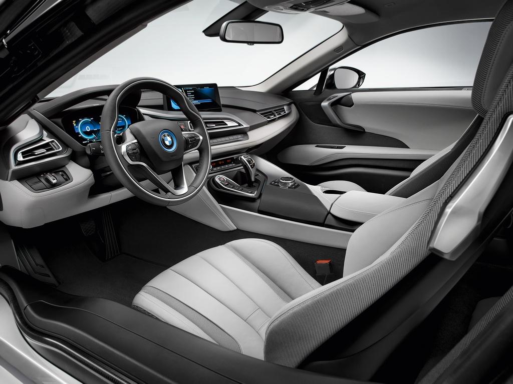 Фотография экоавто BMW i8 - фото 113
