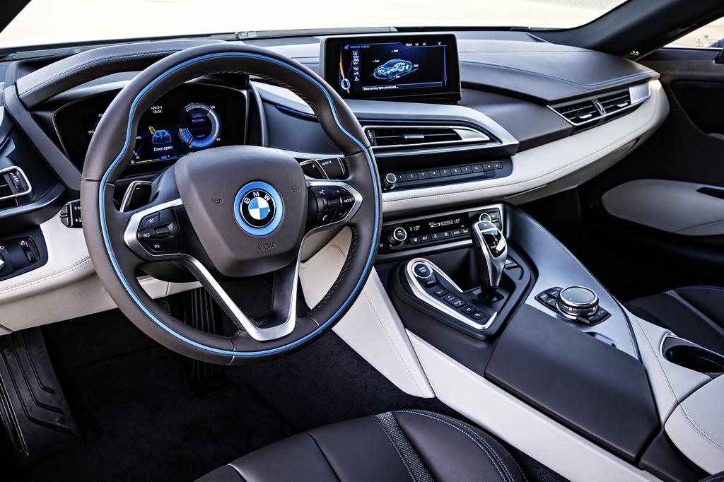 Фотография экоавто BMW i8 - фото 116