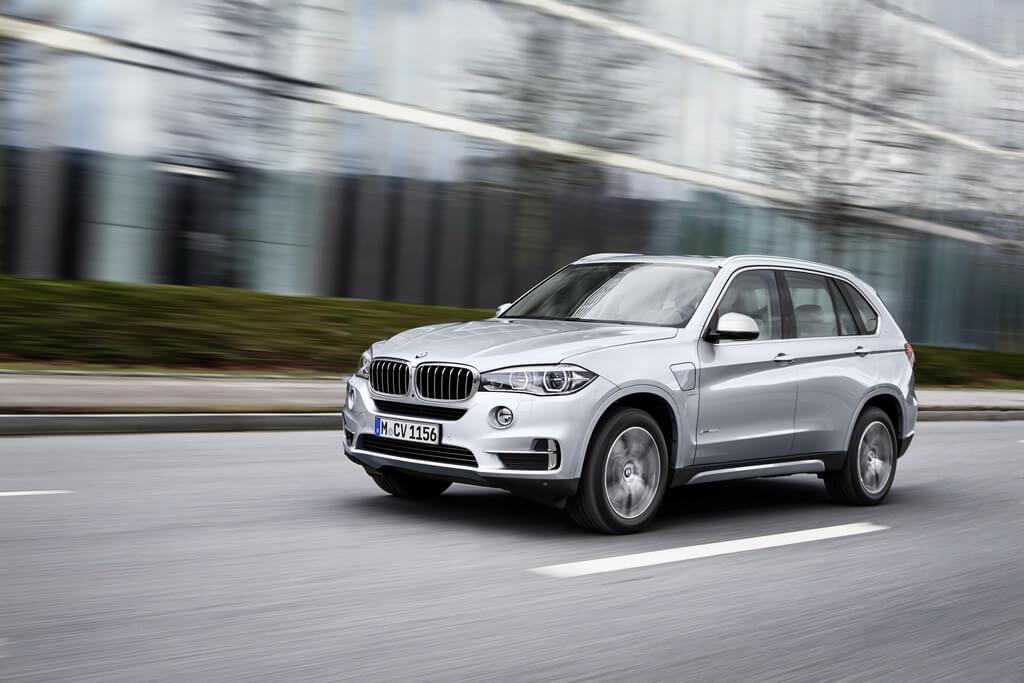 Фотография экоавто BMW X5 xDrive40e - фото 13