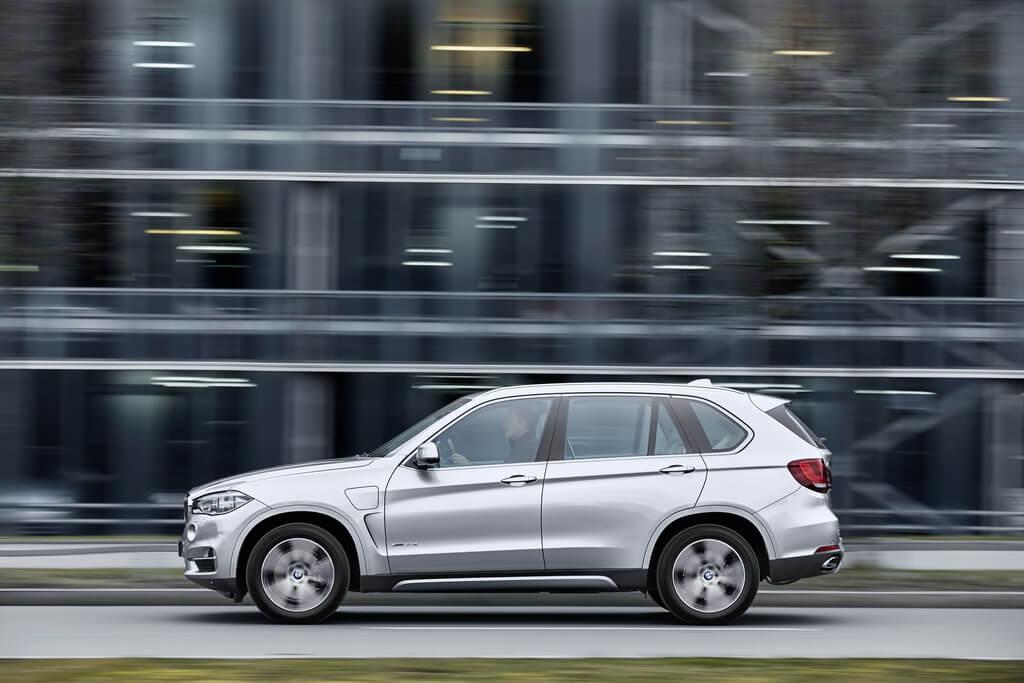 Фотография экоавто BMW X5 xDrive40e - фото 18