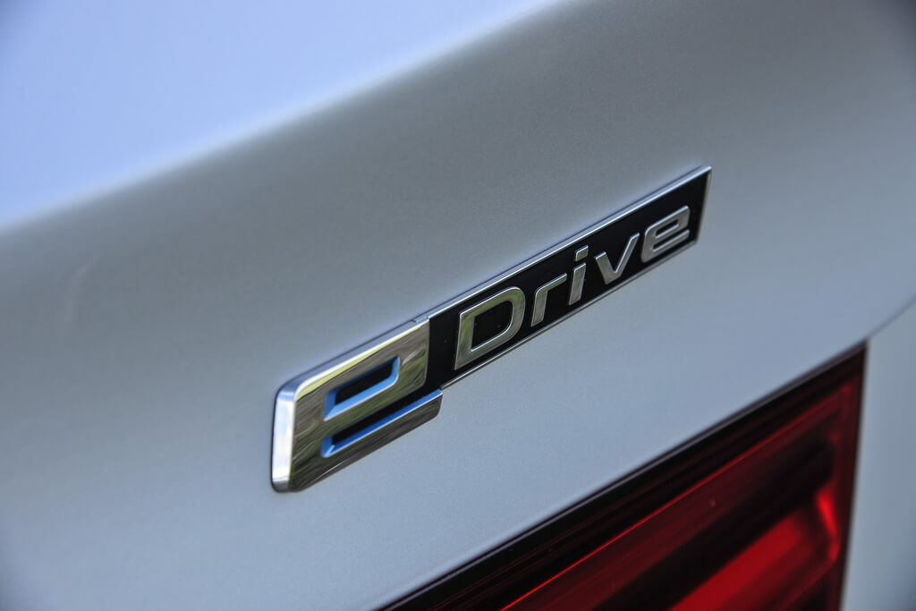 Фотография экоавто BMW X5 xDrive40e - фото 37