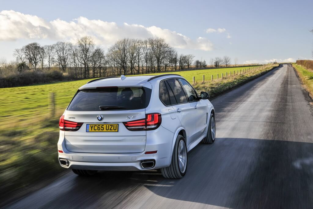 Фотография экоавто BMW X5 xDrive40e - фото 49