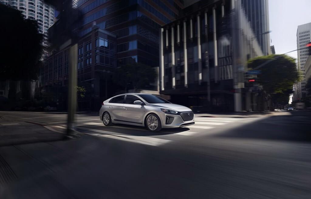 Фотография экоавто Hyundai Ioniq Hybrid - фото 9