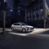 Фотография экоавто Hyundai Ioniq Hybrid - фото 11
