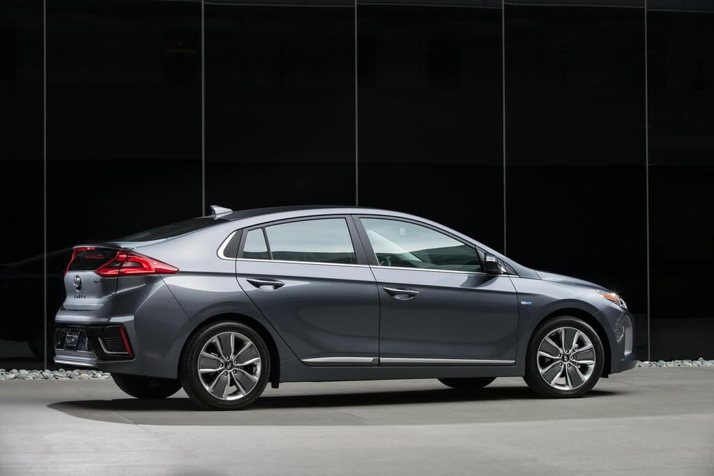 Фотография экоавто Hyundai Ioniq Hybrid - фото 21