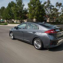 Фотография экоавто Hyundai Ioniq Hybrid - фото 23