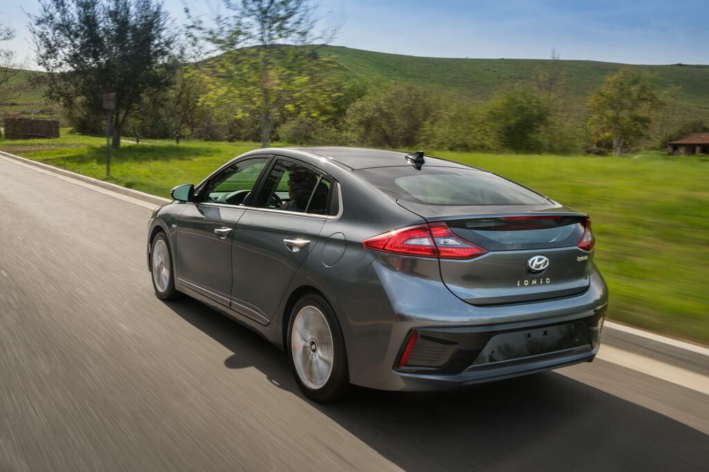 Фотография экоавто Hyundai Ioniq Hybrid - фото 24