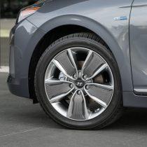 Фотография экоавто Hyundai Ioniq Hybrid - фото 31