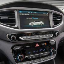 Фотография экоавто Hyundai Ioniq Hybrid - фото 48