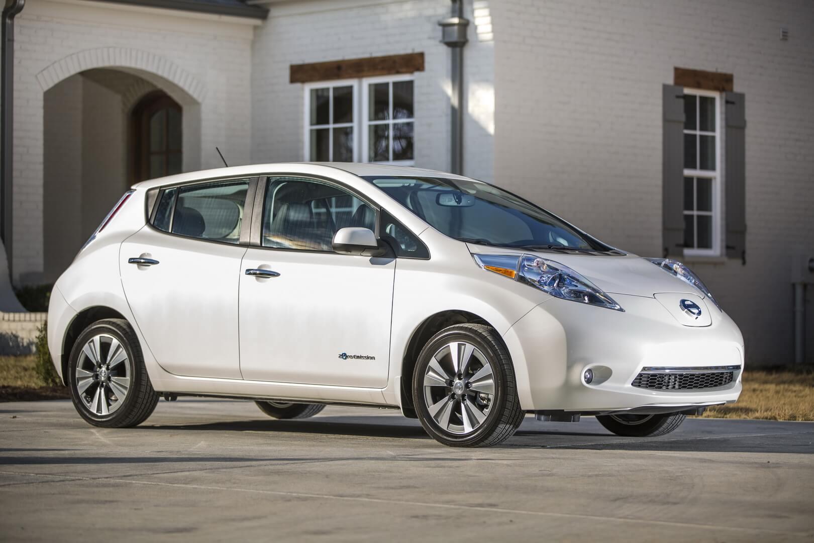 Nissan Leaf первого поколения 2016-2017