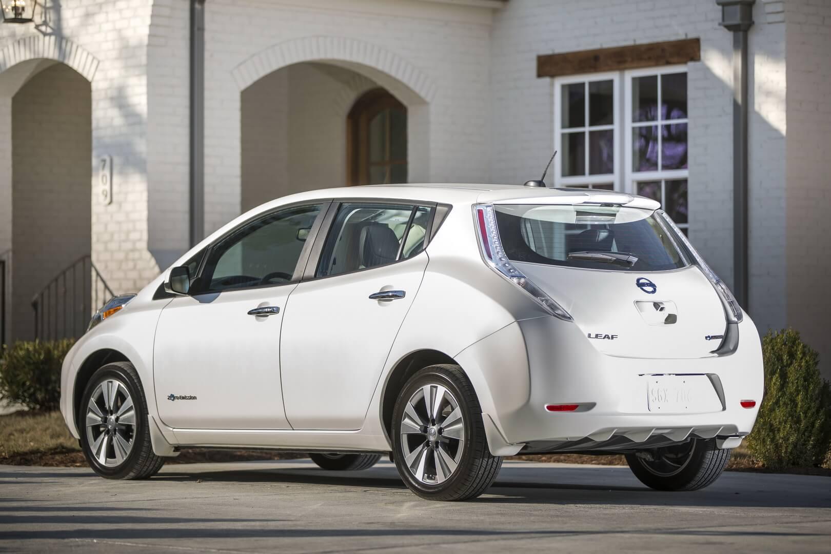 Nissan Leaf 2016-2017 годов выпуска