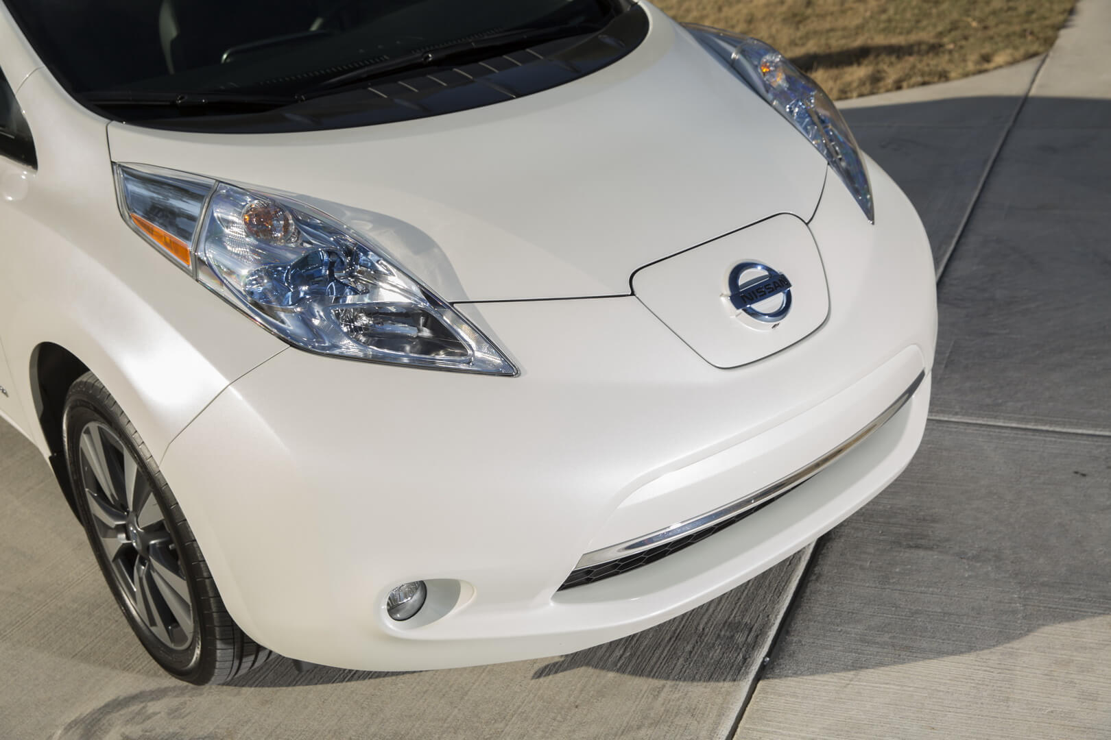 Фотография экоавто Nissan Leaf 2016 (24-30 кВт•ч) - фото 15