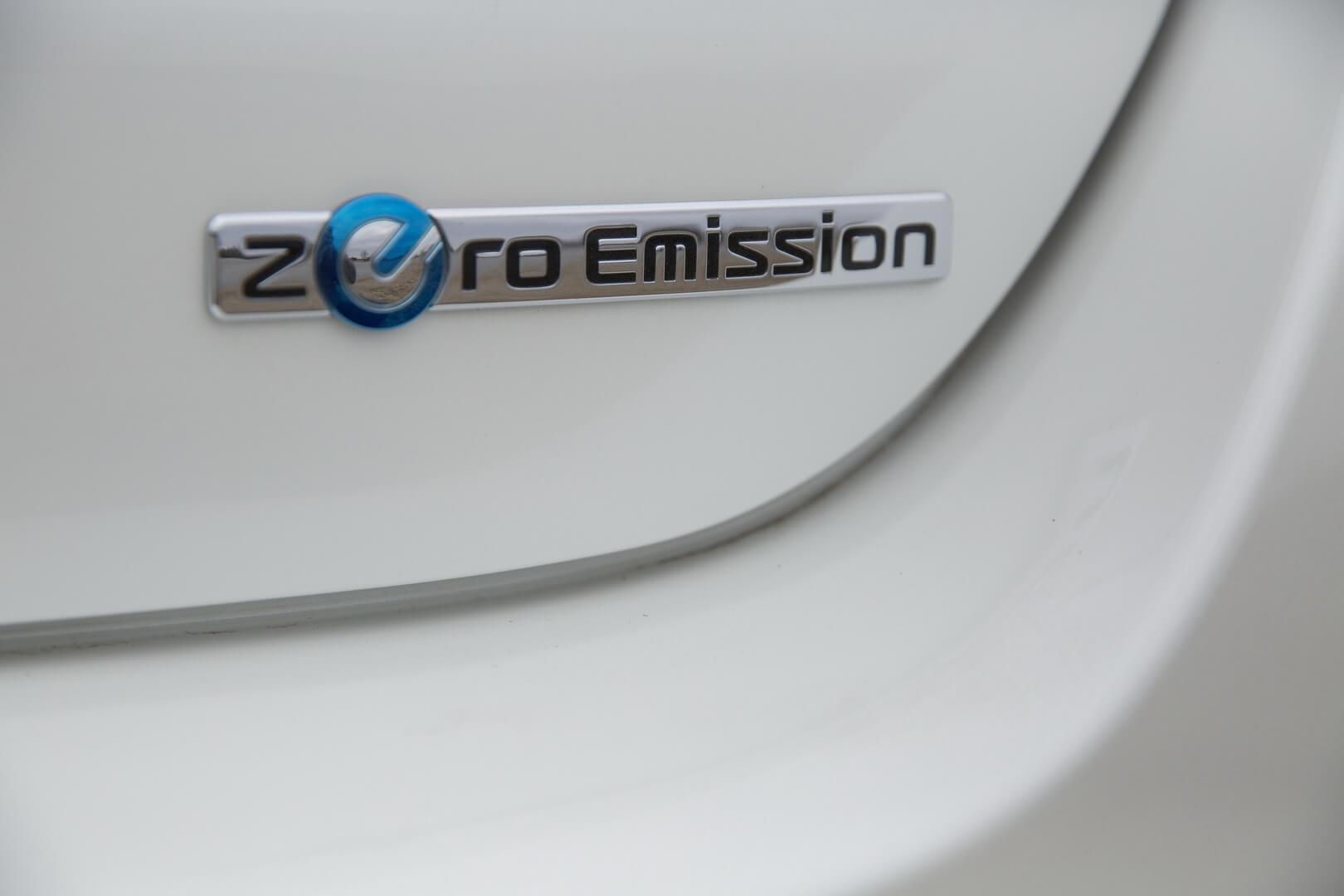 Фотография экоавто Nissan Leaf 2016 (24-30 кВт•ч) - фото 27