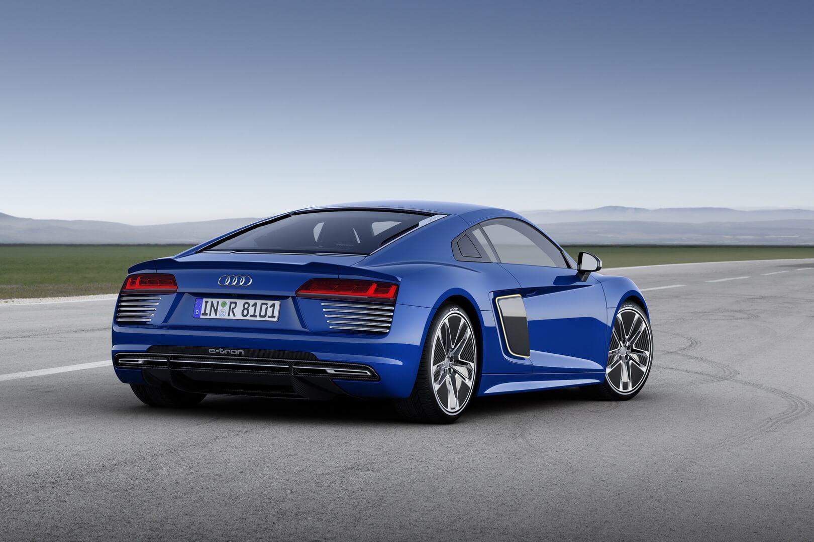 Фотография экоавто Audi R8 e-tron - фото 13